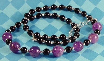 Amethyst and Onyx February Birthstone Necklace | Jewelry Design Ideas