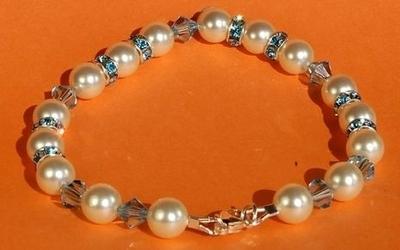 Crystal Aqua Bracelet | Jewelry Design Ideas
