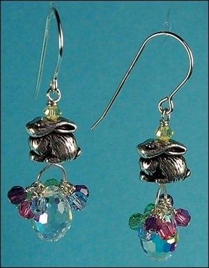 Bunny in a Basket Earrings | Jewelry Design Ideas