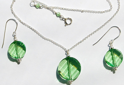 dot of peridot necklace and earring set jewelry design ideas