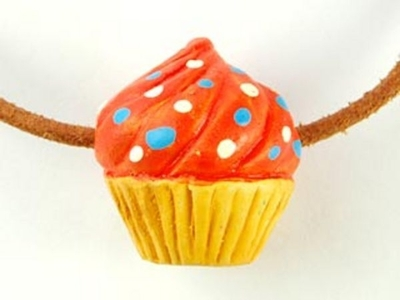 20 x 23mm Tan Cupcake with Orange and Sprinkles Hand-painted Clay Bead | Natural Beads