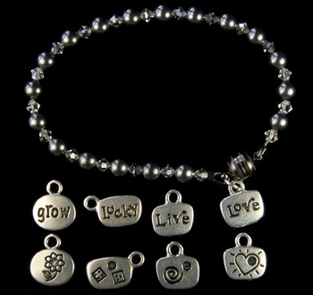 Gunmetal Pearl Charm Bracelet | Jewelry Design Ideas