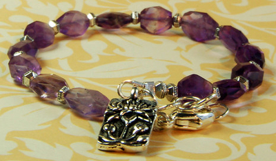 Amethyst Haze Lotus Bracelet | Jewelry Design Ideas