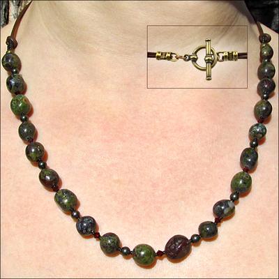 Woodland Walkway Necklace | Jewelry Design Ideas