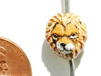 11 x 10mm Lion Head Hand-painted Clay Bead | Natural Beads
