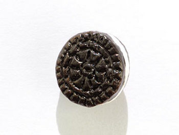 10 x 6mm Cream Filled Black and White Cookie Hand-painted Clay Bead | Natural Beads