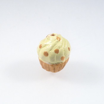 11 x 10mm Buttercream Cupcake with Gold Hand-painted Clay Bead | Natural Beads